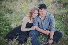 Rachael Lindsy Photography / Trinity Park Engagement Session #fortworthweddingphotographer #fortworthengagement #trinityparkengagementsession #engagementsession #couple