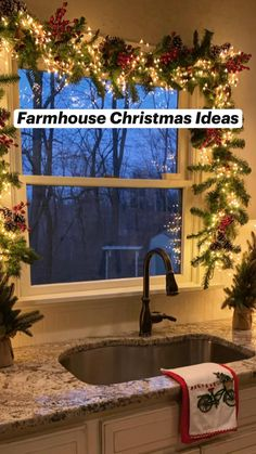 Cosy Christmas, Christmas Trends, Cool Christmas Trees, Christmas Porch, Christmas Sewing, Christmas Lights, Christmas Time, Christmas Crafts, Diy Christmas Yard Decorations