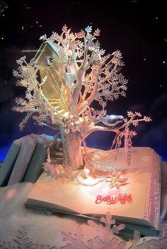 NYC: Tiffany's Holiday Windows