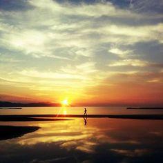 Instagram【seaofkyoto925】さんの写真をピンしています。 《海の京都DMOさんの夕日ヶ浦の写真ヤバくない? 映画の1シーンみたいやな😂✨ a scene from a movie? ※本人撮影ではありません #夕日ヶ浦 #夕日 #dream #景色 #絶景 #sweet #night #cute #夢 #ファインダー越しの私の世界 #写真好きな人と繋がりたい #love #photo #おしゃれ #japan #夜景 #beautiful #かわいい #wp_japan #like4like #夜空 #happy #sunset #instagram_japan #オシャレ #綺麗 #followme #instagood #お洒落 #お洒落さんと繋がりたい》