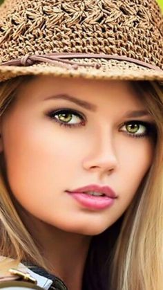 Extremely Photoshopped, there's still real beauty lying underneath all the digital trickery. Most Beautiful Eyes, Stunning Eyes, Gorgeous Eyes, Pretty Eyes, Beautiful Models, Gorgeous Women, Girl Face, Woman Face, Blonde Beauty