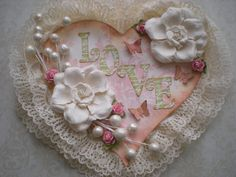 Love shabby chic wall hanging. i could probably use my chipboard mini as the base.