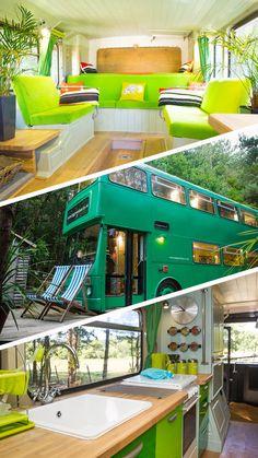 The Big Green Bus propose de passer la nuit au milieu de la campagne anglaise à bord d'un bus à deux étages tout confort. Un hébergement atypique et écolo qu'Adam a aménagé tout seul ! #tinyhouse #bus #camping #glamping