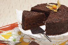 Receita de Bolo de chocolate. Descubra como cozinhar Bolo de chocolate de maneira prática e deliciosa com a Teleculinária!
