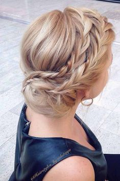 On The Prom Night In Prom Hairstyles In 2019 Prom Hairstyles For