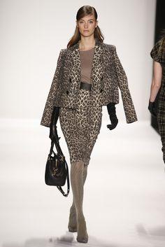 Badgley Mischka RTW Fall 2014 - Slideshow - Runway, Fashion Week, Fashion Shows, Reviews and Fashion Images - WWD.com