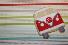Make some friends on the bus by whipping up some treats with the Oncoming Bus Cookie Cutter and handing them out to those around you! Crafted out of aluminum, the cutter comes in two sizes: a 3-inch b