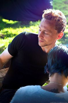 what a piece of work is tom hiddleston : Photo