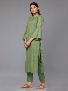 Green Block Printed Cambric Cotton Kurta with Pants - Set of 2 Indian Attire, Indian Outfits, Indian Wear, Indian Style, Indian Dresses, Kurta Patterns, Dress Patterns, Suits For Women, Clothes For Women