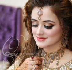 Pakistani Bridal Makeup, Bridal Eye Makeup, Bridal Beauty, Wedding Makeup, Hd Make Up, Walima Dress, Bridal Makeover, Wedding Photoshoot, Bridal Make Up