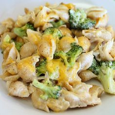 Chicken & Broccoli Alfredo Shells Recipe ~ Delicious… Says: great to use leftover rotisserie or grilled chicken.