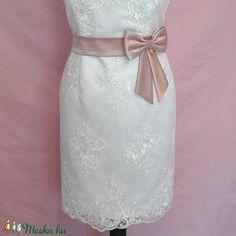 Masnis szatén öv esküvőre (nicoledesign) - Meska.hu One Shoulder Wedding Dress, Wedding Dresses, Fashion, Bride Dresses, Moda, Bridal Gowns, Fashion Styles, Wedding Dressses