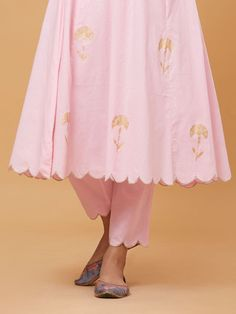 The Loom- An online Shop for Exclusive Handcrafted products comprising of Apparel, Sarees, Jewelry, Footwears & Home decor. Dress Neck Designs, Stylish Dress Designs, Designs For Dresses, Stylish Dresses, Neck Designs For Suits, Simple Kurti Designs, Salwar Designs, Kurti Designs Party Wear, Punjabi Suits Designer Boutique
