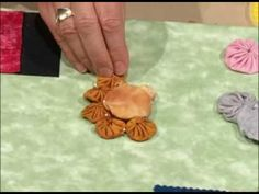 Watch Nancy and guest Donna Fenske show you how to create fun dimensional yo-yo animals and bugs. Donna uses the Clover Yo-yo Makers for quick results. Brought to you by Nancy's Notions.  http://www.nancysnotions.com/