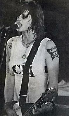 P.H.O.D.A srta. Brody Dalle
