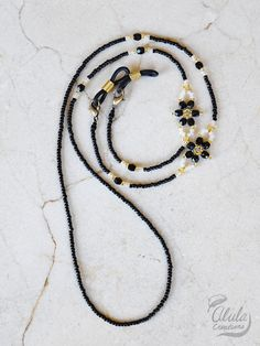 Eyeglass Holder, Beaded Jewelry, Beaded Bracelets, Diy Bracelets Easy, Fashion Eye Glasses, Bohemian Bracelets, Ankle Bracelets, Sunglasses Accessories, Diy Necklace