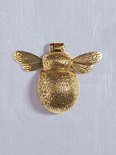Crafted from solid brass in a charming bumblebee shape, our unique door knocker will bring a smile to your guests' faces - and yours! With little wings and intircate etched details, it's the perfect combination of fun and stylish.