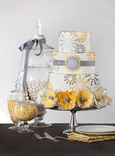 40 Oh So Very Pretty Wedding Cakes from Bobbette and Belle. To see more: http://www.modwedding.com/2014/01/16/40-oh-so-very-pretty-wedding-cakes-from-bobbette-belle/ #wedding #weddings #cakes