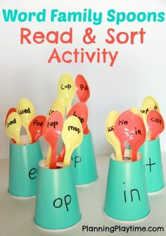 Families Reading Activity With Spoons Word Families Read and Sort Activity with plastic spoons and paper cups.Word Families Read and Sort Activity with plastic spoons and paper cups. Word Family Activities, Sorting Activities, Classroom Activities, Kindergarten Reading Activities, Jolly Phonics Activities, Short Vowel Activities, Kindergarten Literacy Stations, Preschool Phonics, Phonics Games