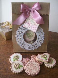 Idea de una bolsa con visor..es solo la imagen..porque lo que promocionan son sus espectaculares galletas