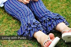 Sew a Sugar Plum Capri with FREE Pattern - https://sewing4free.com/sugar-plum-capri-free-pattern/