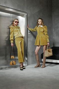 Fendi Pre-Fall 2020 Fashion Show - Vogue Fendi, Fashion Moda, Runway Fashion, Womens Fashion, Lolita, 2020 Fashion Trends, Fashion Show Collection, Live Fashion, Vogue Paris