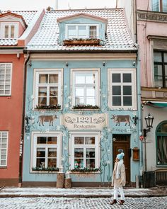 Christmas Market Road Trip Itinerary: Estonia, Latvia, Lithuania - Find Us Lost Riga Latvia Blue Restaurant Near Christmas Market in Winter via Beautiful Buildings, Beautiful Homes, Beautiful Places, Best Christmas Markets, Christmas Fun, Building Front, Shop Fronts, The Places Youll Go, Exterior Design