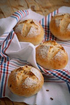 Bread Dough Recipe, Olive Bread, Rustic Bread, Salty Foods, Tapas Bar, Pan Dulce, Pan Bread, Artisan Bread, Sin Gluten