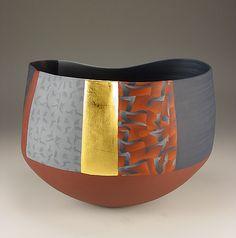 Thomas Hoadley.  #795 - Large Bowl.  7.5x10.5x9.5 inches, colored porcelain, gold leaf
