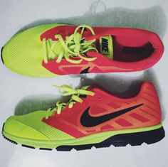 Nike Zoom Fly Nike Zoom, Nike Free, Sneakers Nike, How To Wear, Shoes, Fashion, Nike Tennis, Moda, Zapatos
