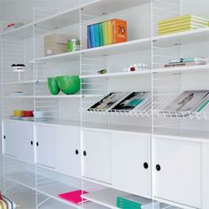 The String Shelf system is a flexible storage solution that can be assembled as shown in the main image. Modular Shelving, Shelving Systems, Open Shelving, Door Storage, Storage Shelves, Locker Storage, Baby Storage, String Regal, String Shelf