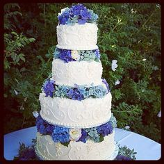 wedding cake blue flowers - Google Search