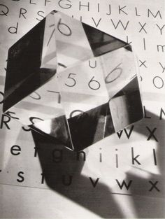 """Maurice Tabard.Lettres """"Peignot"""", 1931."""