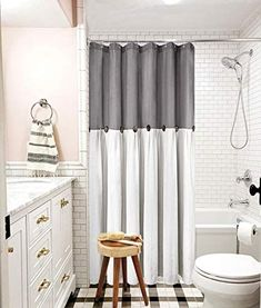 Best Farmhouse Shower Curtains! Discover the best farmhouse shower curtains. We love decorating our bathroom with farmhouse shower curtains Take A Shower, Shower Tub, Bathroom Curtains, Shower Curtains, Farmhouse Shower Curtain, Rustic Curtains, Rustic Bathrooms, Colorful Decor, Shabby Chic