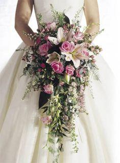Gelin Çiçeği Modelleri - http://www.evlilikvitrini.com/gelin-cicegi-modelleri/