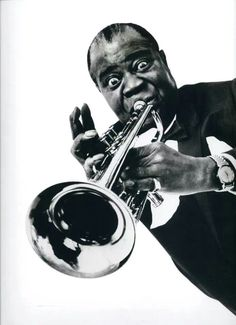 Louis Armstrong was the best Jazz Musician of the And one of the most famous African Americans of his time. This shows how even during hard times African Americans were still able to find success. Louis Armstrong, Jazz Artists, Jazz Musicians, Music Artists, Blues Rock, Philippe Halsman, Trumpet Players, Pop Rock, Flute
