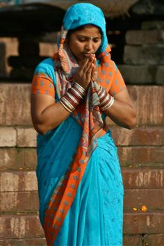 https://flic.kr/p/99Ni8s | prières du matin, Varanasi, Inde, India (Philippe Guy)