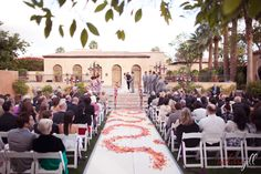 Everyone, and everything, in place. Phoenix/Scottsdale Wedding venue  www.royalpalmsresortandspa.com
