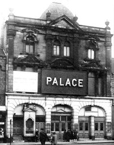 The Palace Theatre Sunderland Family History Book, History Books, Victorian Buildings, North East England, Fishing Villages, Sunderland, Back In Time, Historical Pictures, Abandoned