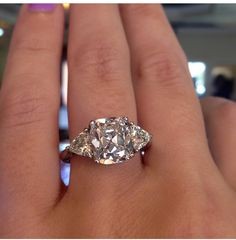 Another masterpiece done by happy jewelers. 3 is always better than one! Gorgeous diamonds