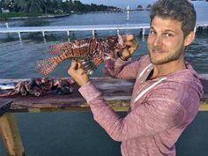 Travis Van Winkle, Charles Michael Davis vacation in San Pedro Belize