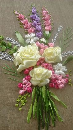 Wonderful Ribbon Embroidery Flowers by Hand Ideas. Enchanting Ribbon Embroidery Flowers by Hand Ideas. Ribbon Embroidery Tutorial, Hand Embroidery Stitches, Silk Ribbon Embroidery, Embroidery Bracelets, Ribbon Art, Diy Ribbon, Ribbon Crafts, Ribbon Flower, Embroidery Supplies