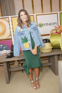 Mandy Moore Attends A Girlsu0027 Night In Hosted By Mandy Moore And Garnier At  Hills
