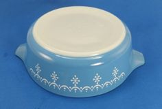 Just listed 200+ pieces of Pyrex on ebay ! Take a peek