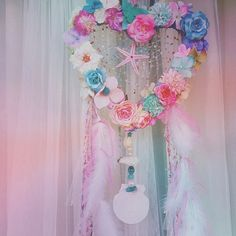* regram▷((@lebonrose))さん * @lebonrose さんの作製する フラワーデコアートは とっても可愛いものばかり * こちらはドリームキャッチャー◎ とびっきり素敵な夢が叶いそう * #regram #repost #CandyPot #キャンディポット #フラワーデコアート #デコアート #ドリームキャッチャー #ハート #シェル #flower #heart #dreamcatcher #cute