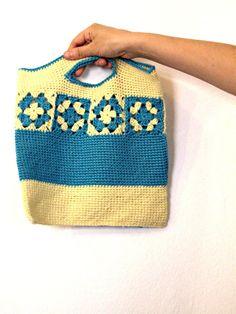 yellow turquoise bag with granny squares for di IlmondodiTabitha, €30.00
