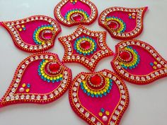 How to make acrylic rangoli | DIY kundan rangoli