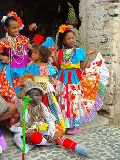 Portobelo – II Festival de la Pollera Congo | Me Subo Al Mundo