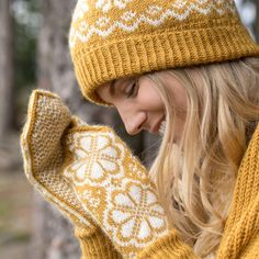Free Knitting, Knitting Patterns, Knitted Gloves, Knit Mittens, Ravelry, Shawl, Crochet, Crafts, Spinning
