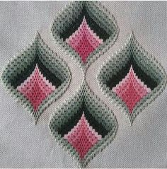 Discover thousands of images about Resultado de imagen para rose au bargello avec bordure ouvrageé Broderie Bargello, Bargello Needlepoint, Bargello Quilts, Needlepoint Stitches, Hand Embroidery Stitches, Cross Stitch Embroidery, Embroidery Patterns, Cross Stitch Patterns, Needlework